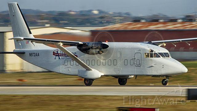 Short SD3-60 (N972AA) - 22 departure.