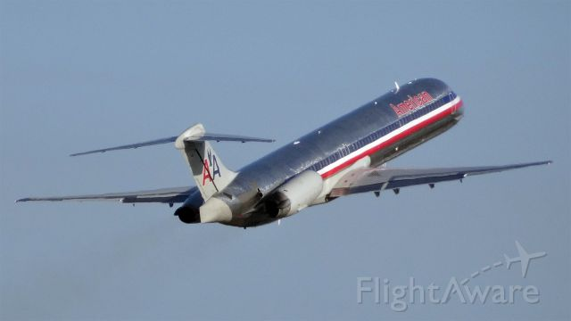 McDonnell Douglas MD-80 (N467AA) - N467AA American Airlines McDonnell Douglas MD-82 - cn 49597 / ln 1511br /First Flight * Aug 1988br /Age 26.8 Yearsbr /29-Apr-2015 MD80 San Jose Intl (KSJC) Dallas/Fort Worth Intl (KDFW) 07:20 PDT 12:40 CDT 3:20