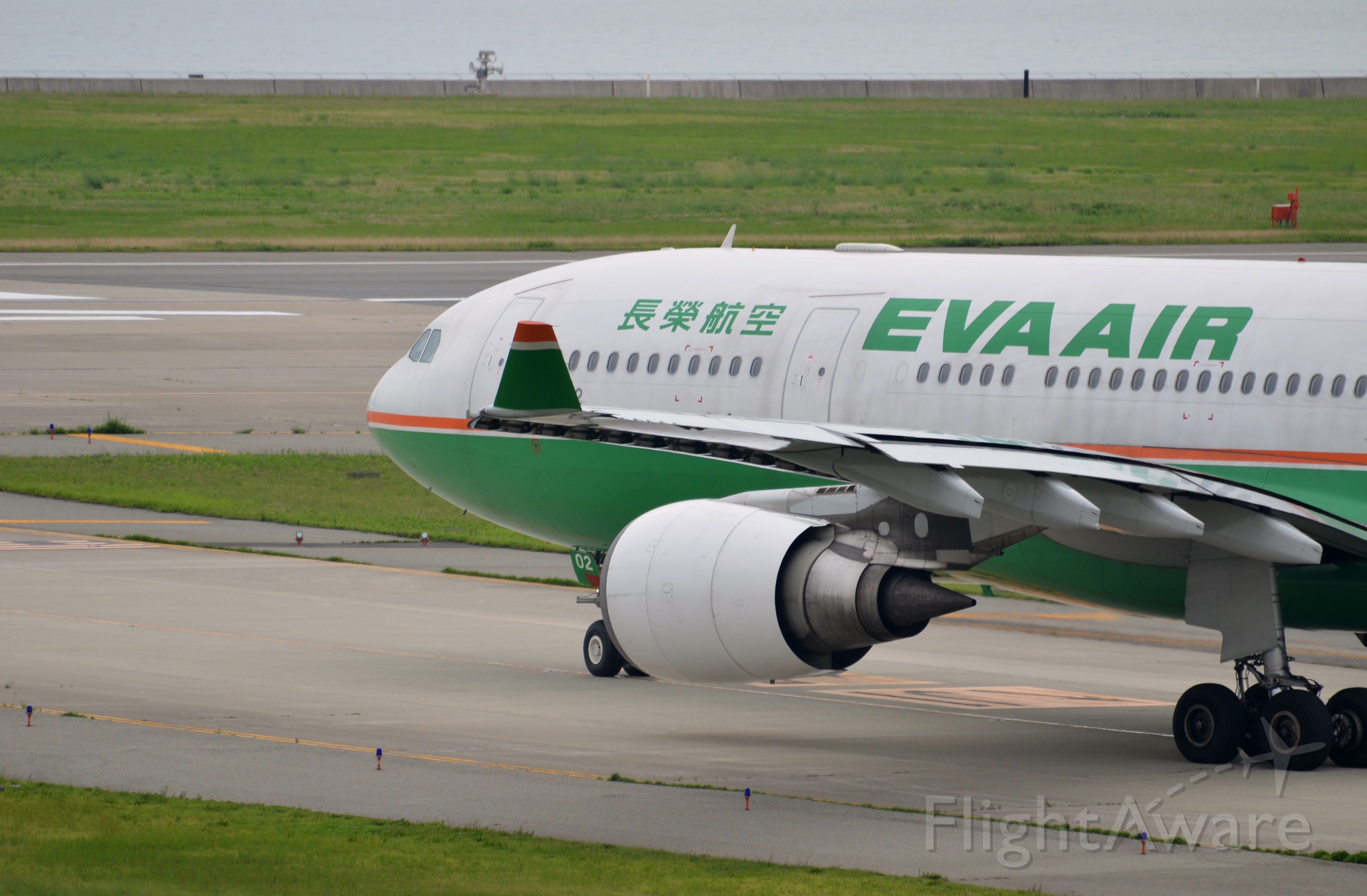 Airbus A330-200 (B-16302) - Airline: EVA Airways (BR/EVA); Airport: Kansai International Airport (KIX/RJBB); Camera: Nikon D7000; Date: 4 July 2012