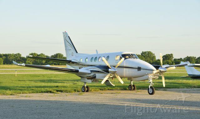 Beechcraft King Air 100 (N87NW) - Beechcraft King Air 100 N87NW in Ann Arbor