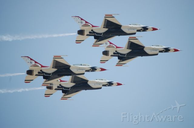 Lockheed F-16 Fighting Falcon — - Joint Forces Air Show (Andrews AFB) - May.09