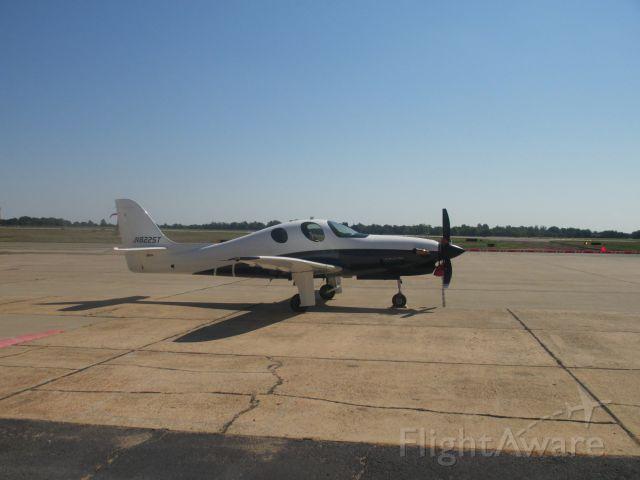 Diamond DA-20 (N822ST) - @ Joplin Regional Airport on 31 AUG 2014