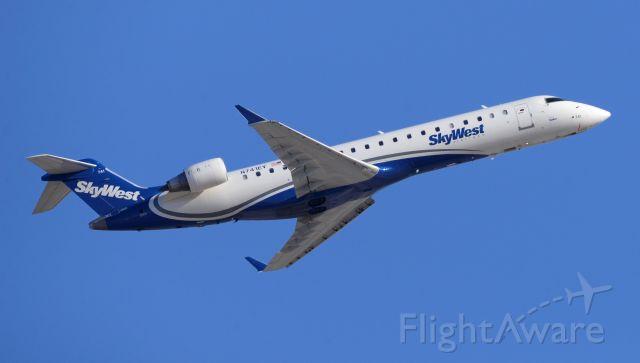 Canadair Regional Jet CRJ-700 (N741EV) - phoenix sky harbor international airport SKW2994 07MAR20