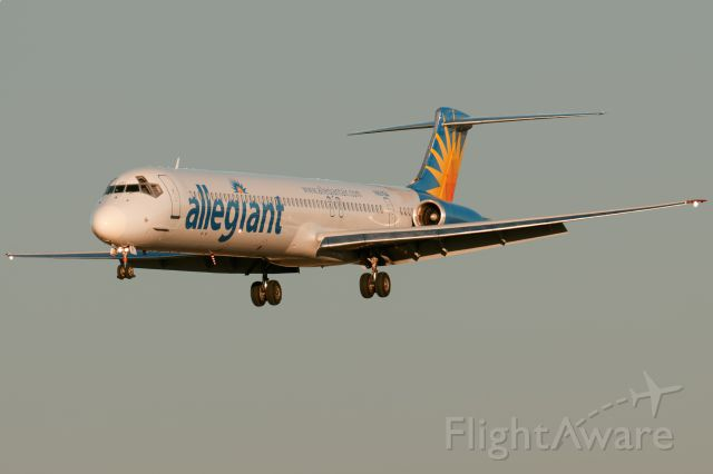 McDonnell Douglas MD-80 (N891GA)