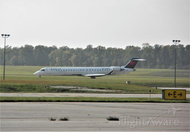 Canadair Regional Jet CRJ-900 (N298PQ) - Endeavor Air (Delta Connection) #5082 departing on runway 3 at Appleton International Airport. Arriving in Detroit MI.