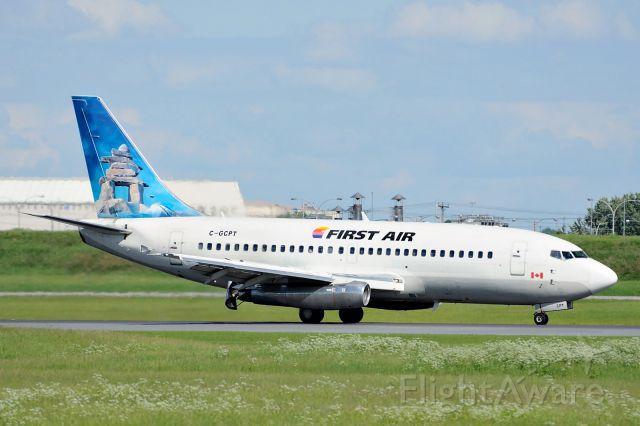 Boeing 737-200 (C-GCPT)