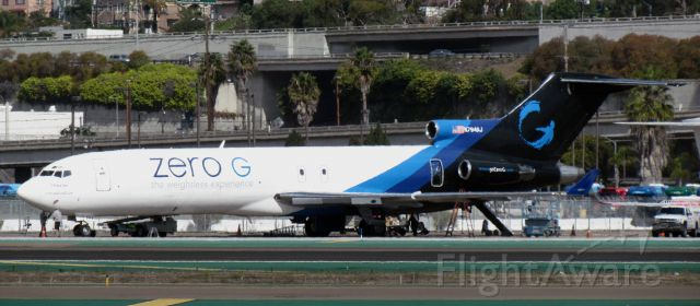 BOEING 727-200 (N794AJ) - My first time seeing a 727 in person. Very rare at KSAN.