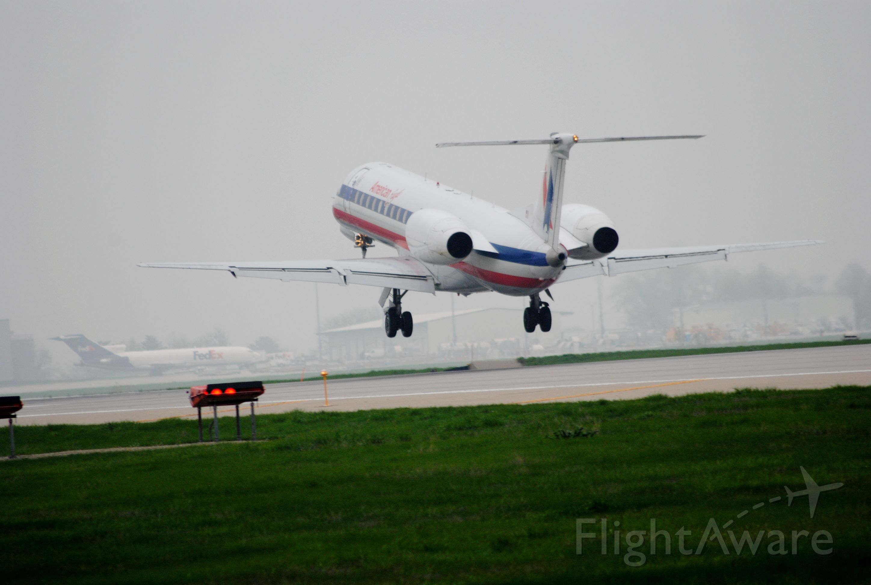 Embraer ERJ-135 (N851AE) - Landing on Runway 13 in Des Moines, Iowa from Chicago, Illinois.
