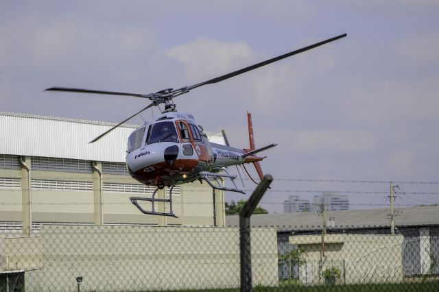 Eurocopter AS-350 AStar (PP-SAU) - Águia 23 Policia Militar