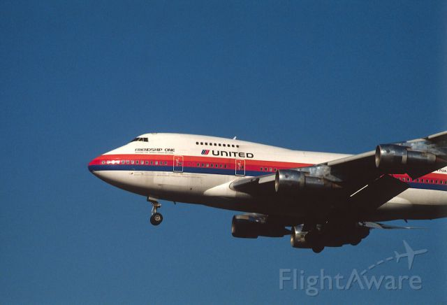 """BOEING 747SP (N147UA) - Final Approach to Narita Intl Airport Rwy34 on 1988/05/08 """"Friendship One """""""