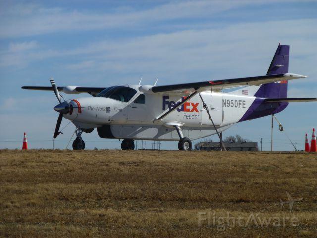 Cessna Caravan (N950FE)