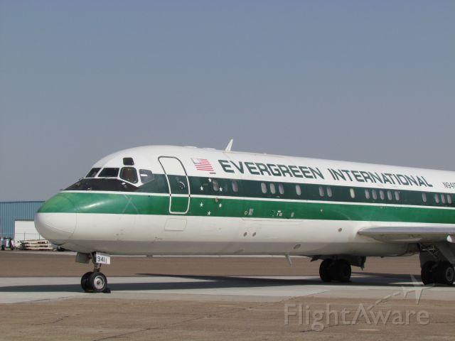 McDonnell Douglas DC-9-30 (N941F)