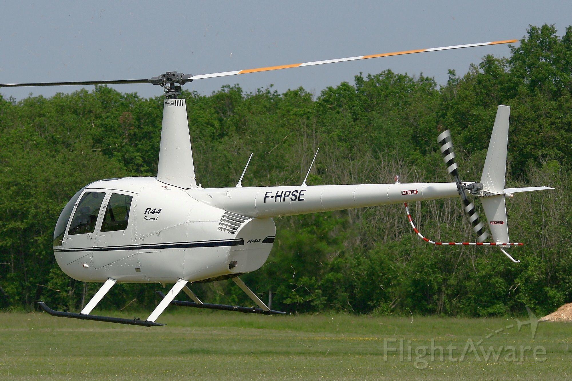 Robinson R-44 (F-HPSE) - Robinson R-44 Raven I, La Ferté-Alais Airfield (LFFQ) Air Show (Le Temps Des Hélices)