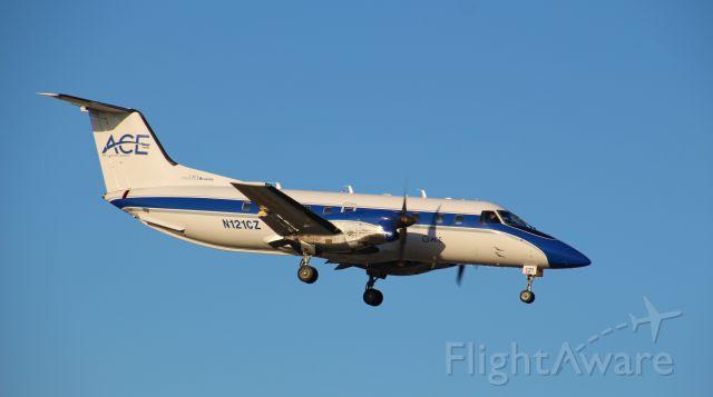 Embraer EMB-120 Brasilia (N121CZ)
