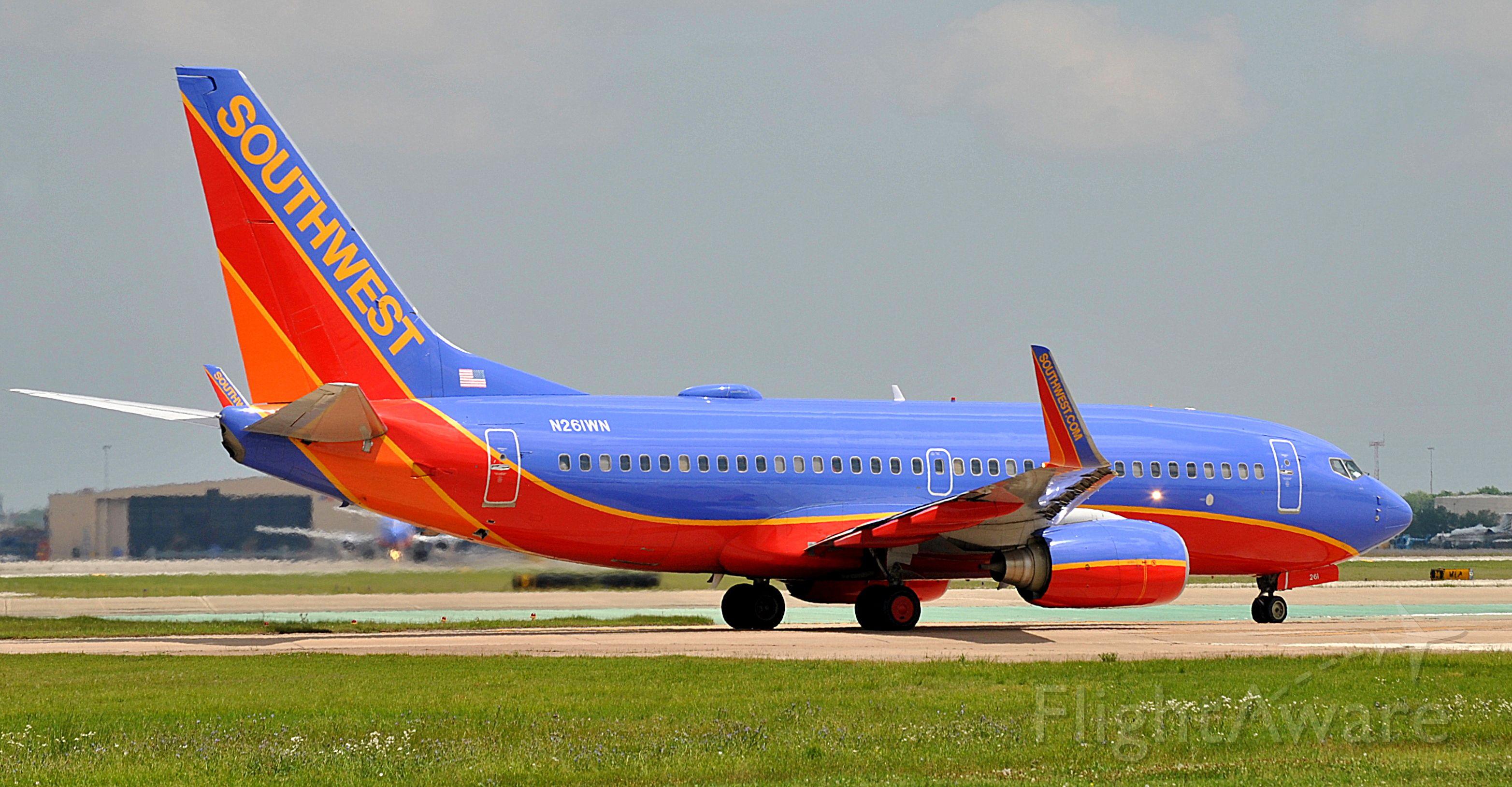 Boeing 737-700 (N261WN)