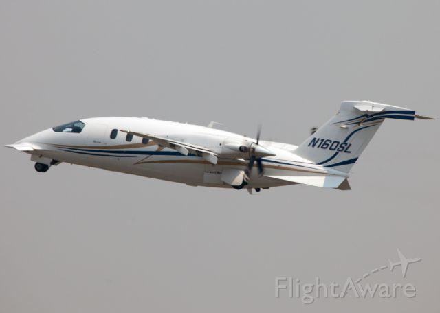 Piaggio P.180 Avanti (N160SL) - Departure RW 06.