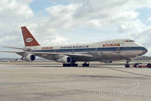 BOEING 747-100 (PH-BUG) - Melbourne Tullamarine, 1973