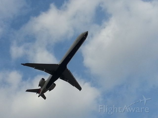 Canadair Regional Jet CRJ-900 (N932XJ)