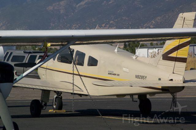 Piper Cherokee (N8285Y)