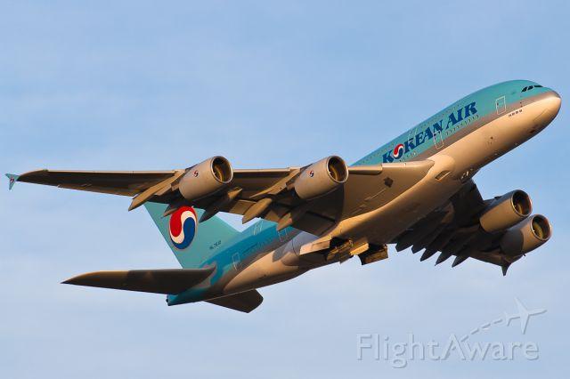 Airbus A380-800 (HL7612)