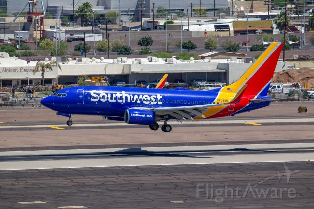 Boeing 737-700 (N763SW) - Spotted at KPHX on May-5-2020