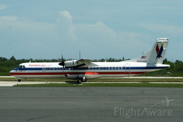 ATR ATR-72 (N440AM) - Taxiing to R09 operating flight EGF4922 to KMIA on 30-Jul-10.