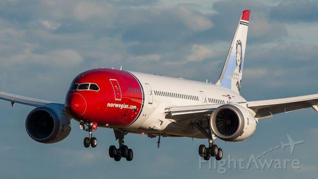 Boeing 787-8 (EI-LNA)