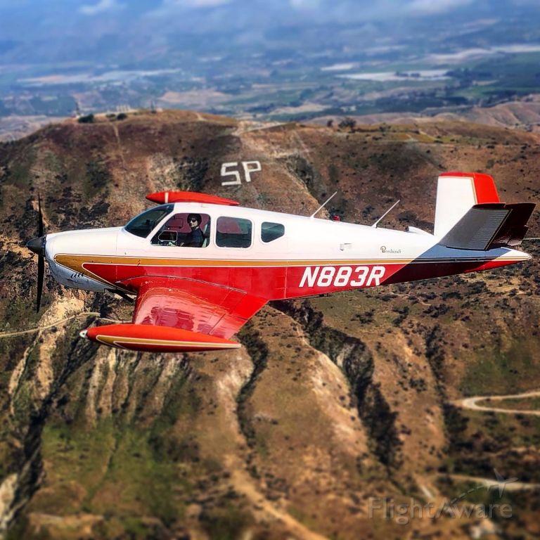 Beechcraft 35 Bonanza (N883R)