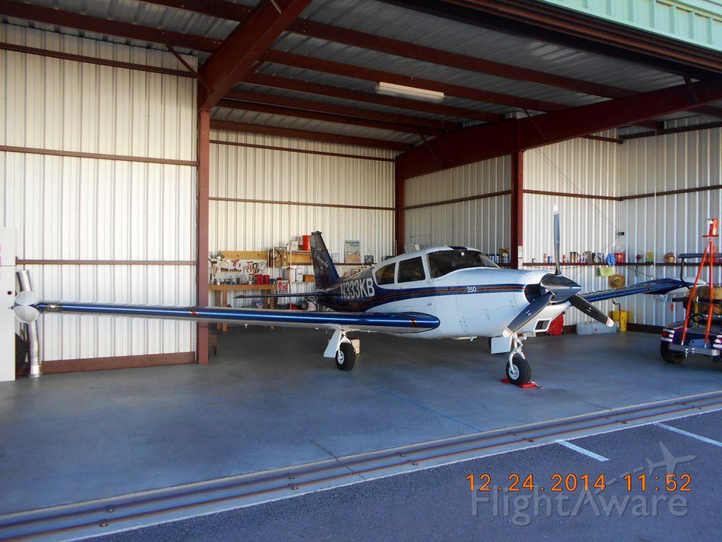 Piper PA-24 Comanche (N333KB)