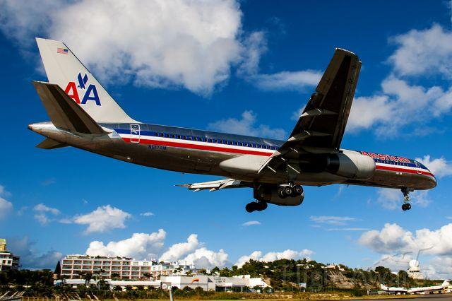 Boeing 757-200 (N617AM) - 1/13/2008