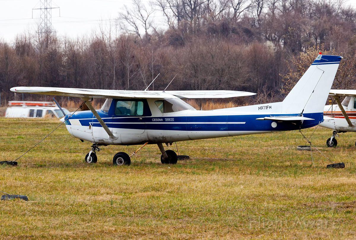 Cessna 152 (N971FM)