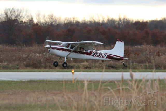 Cessna Skywagon (N585PM)