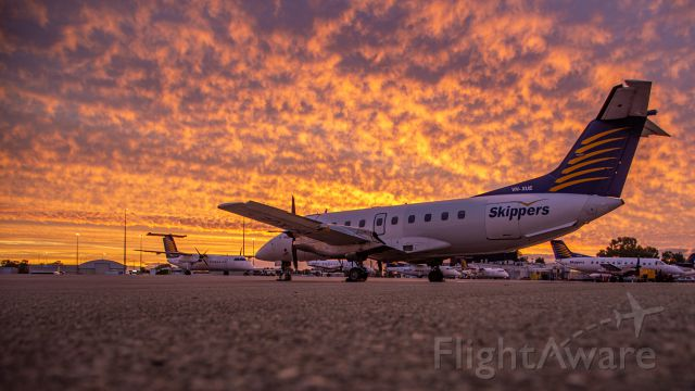 Embraer EMB-120 Brasilia (VH-XUE)