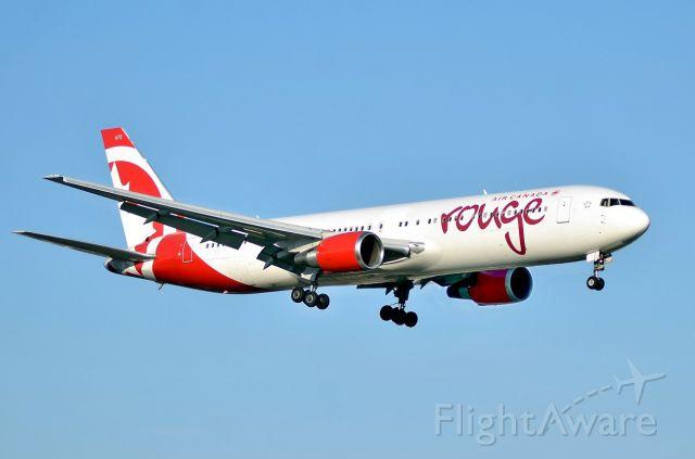BOEING 767-300 (C-FJZK)