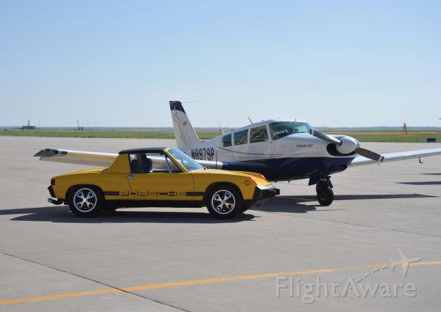 Piper PA-24 Comanche (N8979P) - 1966 260 Comanche, with 1973 Porsche 914 restored in honor of Lee Cyr.