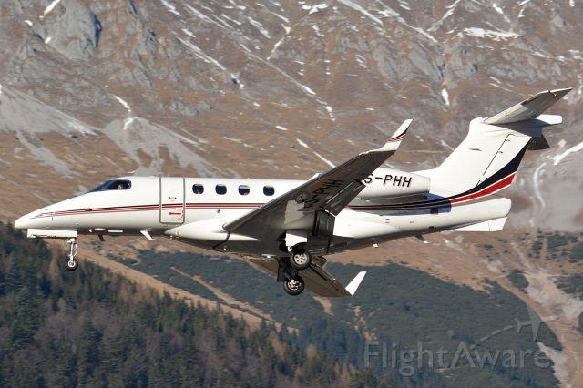 Embraer Phenom 300 (CS-PHH)