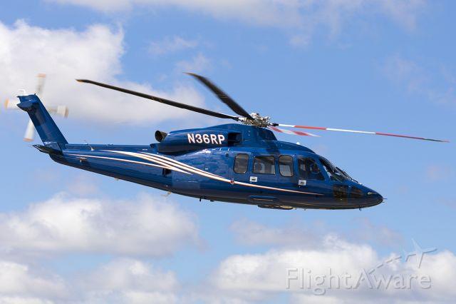 Sikorsky S-76 (N36RP)