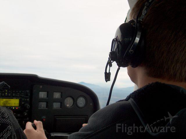 Cessna Skyhawk (C-FEID)