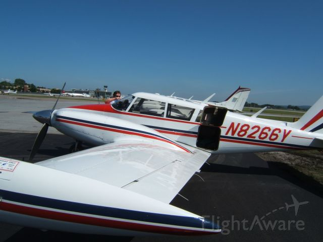 Piper PA-30 Twin Comanche (N8266Y) - Getting ready to head back to RDU.