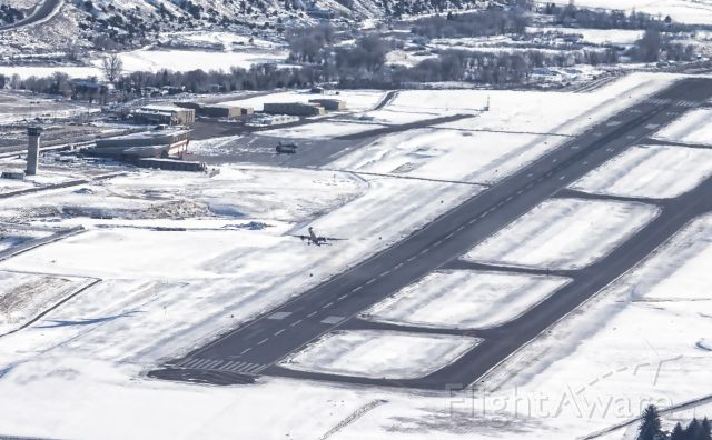 — — - Mountain top view of 757 pouring on the coal during departure from Eagle County Regional Airport, KEGE (RWY 25). February 7, 2016