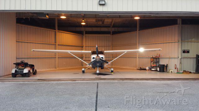 Cessna 206 Stationair (N2829J)