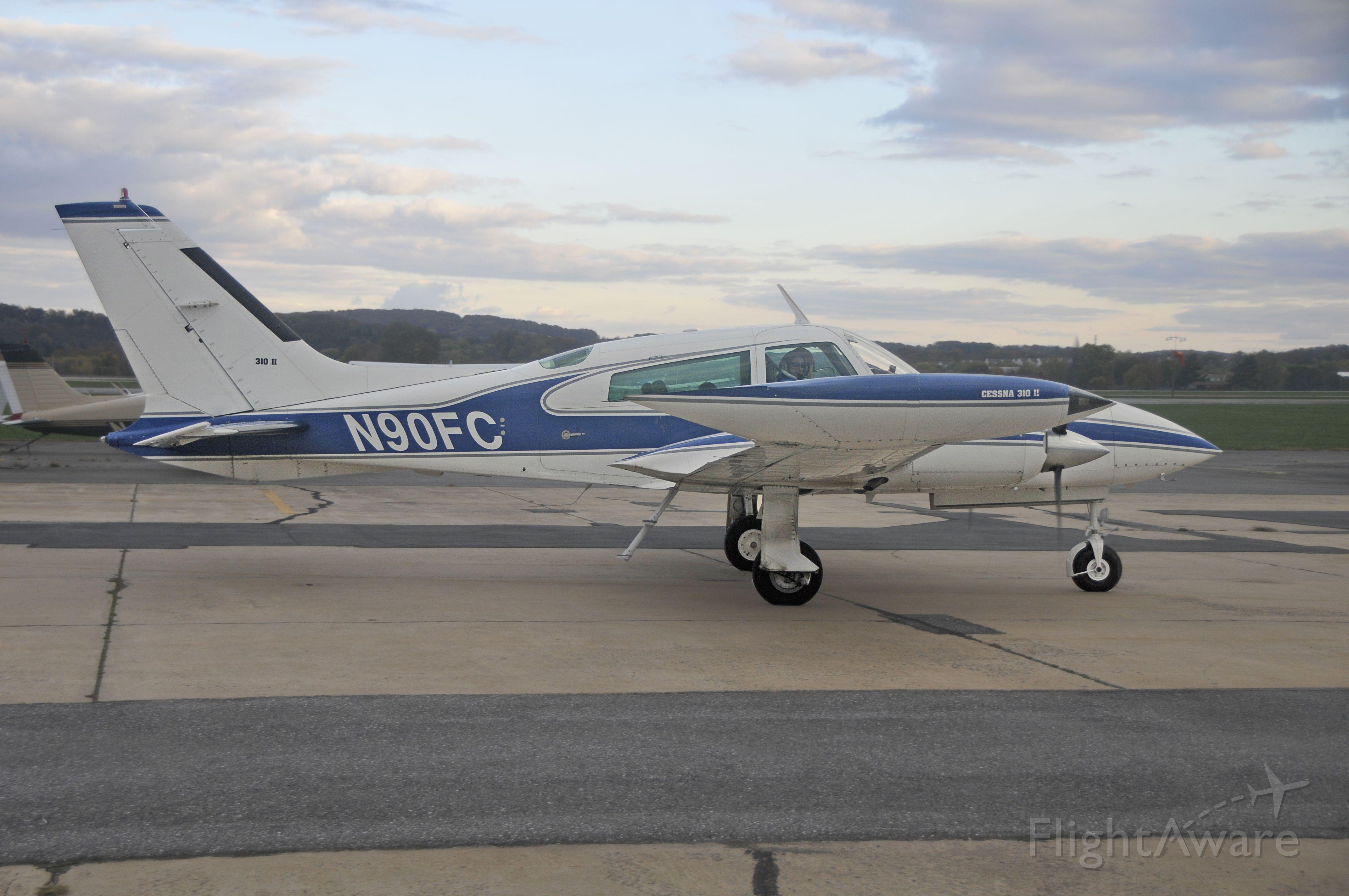 Cessna 310 (N90FC) - Seen at KFDK on 11/6/2010.