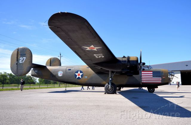 Consolidated B-24 Liberator (N24927) - At this years 2014 Sky-fest.
