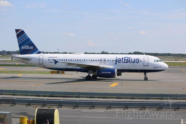 Airbus A320 (N784JB)