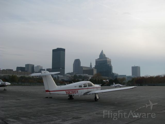Piper Cherokee Arrow (N8395Y) - Downtown Cleveland