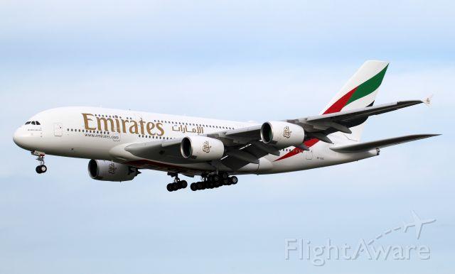 Airbus A380-800 (A6-EUL) - Short Final To Rwy 16R