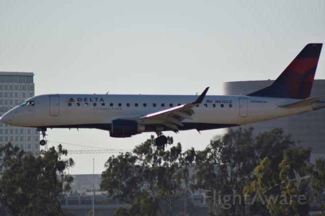 Embraer 175 (N615CZ) - Please don
