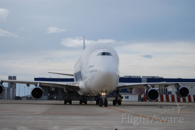 Boeing 747-400 (N780BA) - START YOUR ENGINES.... going frm Grottaglie, Italy to Charleston,USA  05DIC11