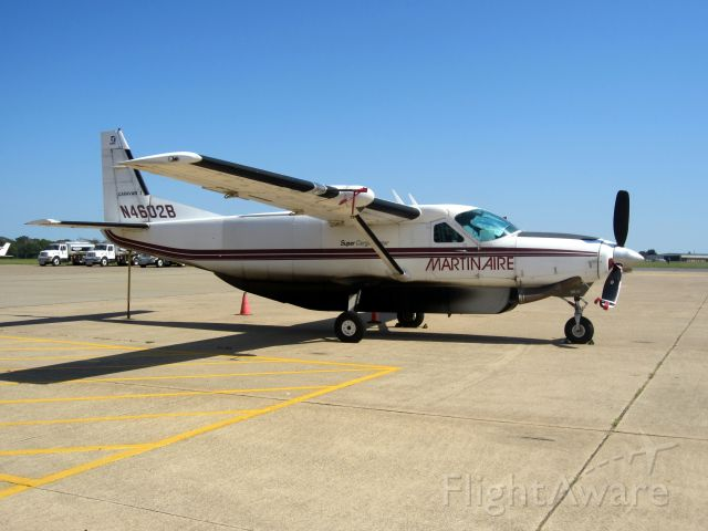 Cessna Caravan (N4602B) - Old colors.