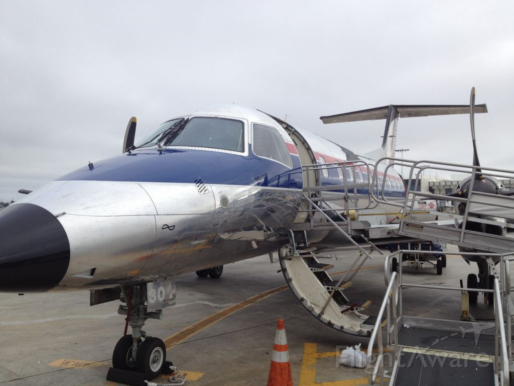 Embraer EMB-120 Brasilia —